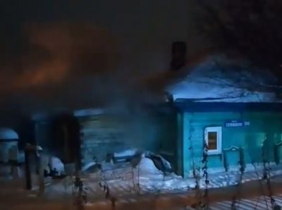 Видео: зачем в Заводский район Кемерова пронеслись три машины МЧС
