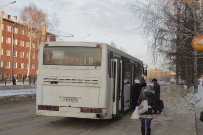 Из-за долгов в Кузбассе могут остановить движение общественного транспорта