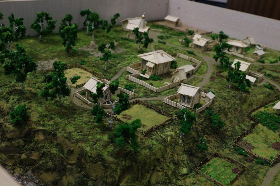 Фото: в Кемерове создали достоверный макет деревни Кемерова