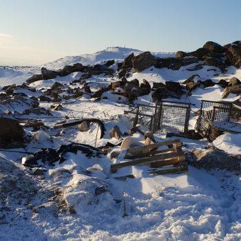 Туристы в Шерегеше возмутились строительным мусором на вершине горы