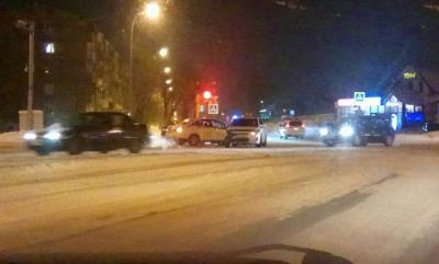 Момент тройного ДТП в Кемерове сняли на видео