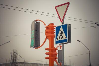 Сломанный светофор парализовал Кемерово в первый рабочий день 2019 года