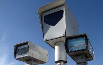 Не прошло и полмесяца: тысячи водителей попались на умные камеры перед Кемеровом