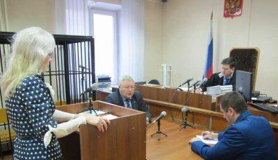 Доцента новокузнецкого вуза осудили за вымогание денег у студентов