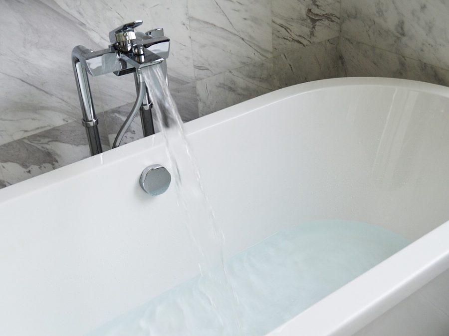 Новокузнечанка погибла в ванне из-за соцсетей