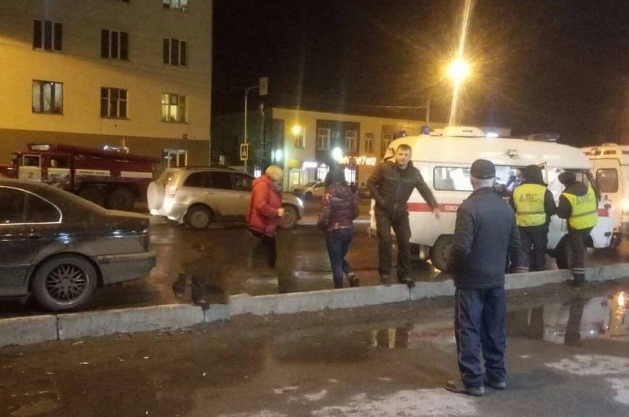Фото: в тройном ДТП в Кузбассе травмы получили четыре человека