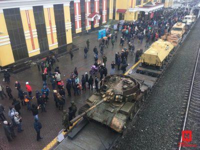 Фото: поезд с трофеями из Сирии проехал через Новокузнецк