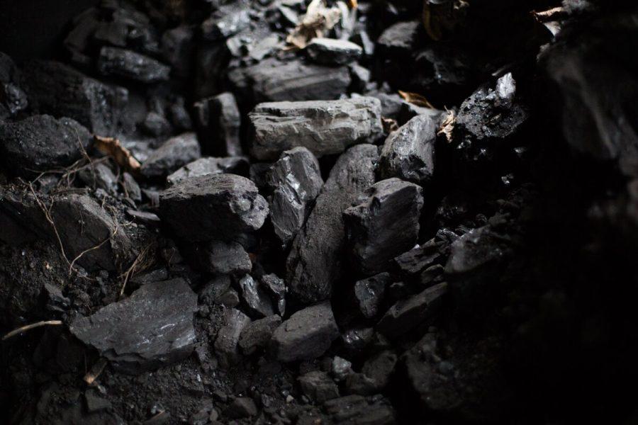 «Люди не пострадают»: в городах Кузбасса закроют угольные погрузки