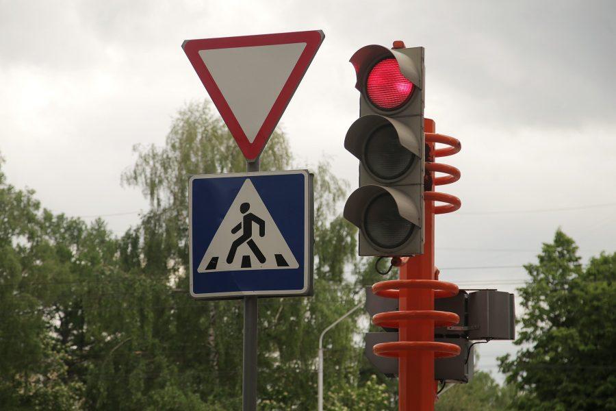 На трёх оживлённых кемеровских перекрёстках изменят схему проезда